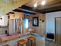 Chata Zuzanka - kuchynský a jedálenský kút